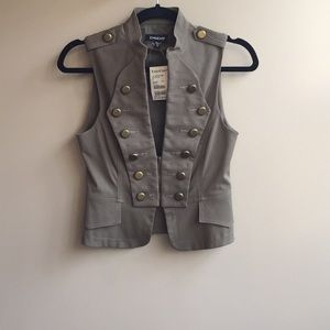 NWT Bebe military vest